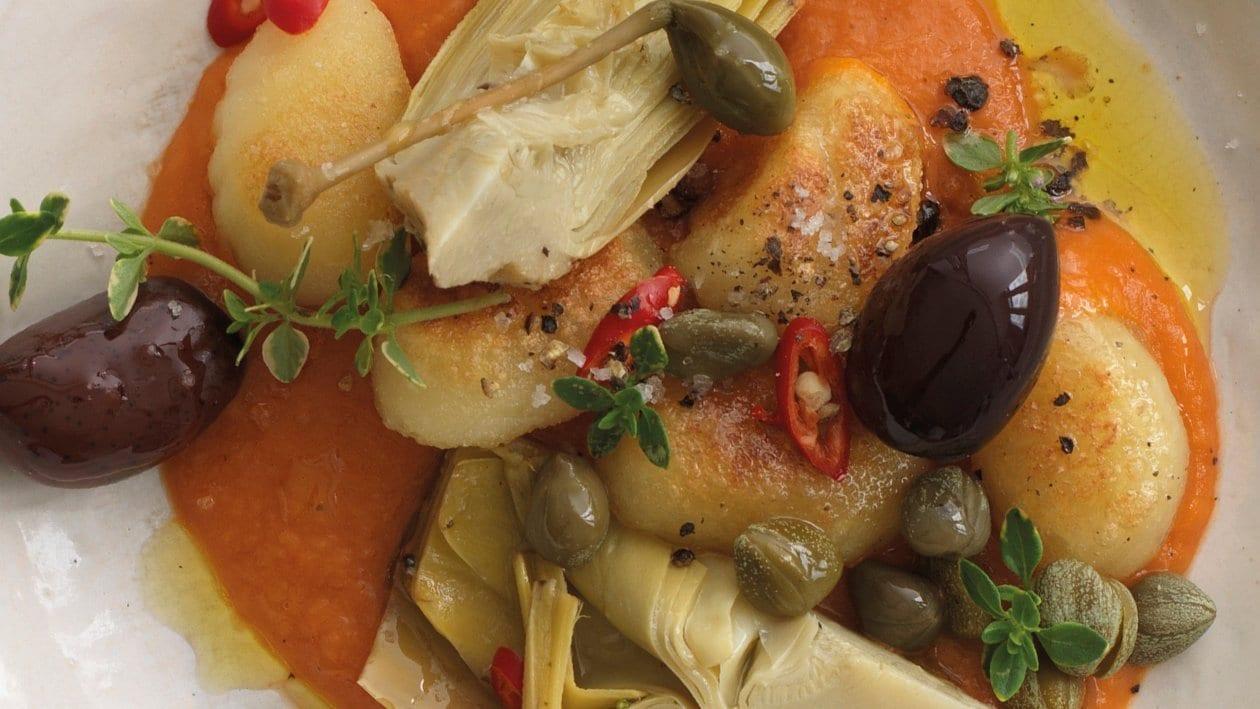 Gnocchi mit Tomaten-Bohnensauce und Artischocken