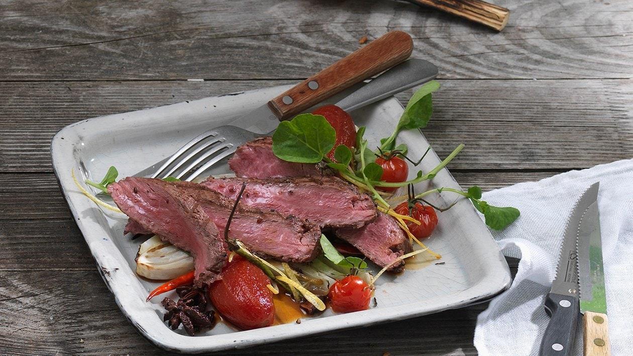 Flank Steak mit würziger Tomate und Fenchel