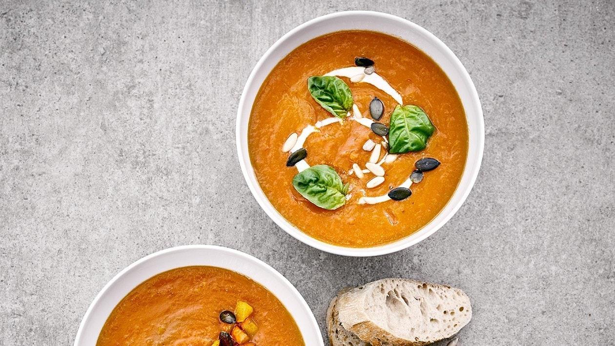 Tomaten-Kürbissuppe