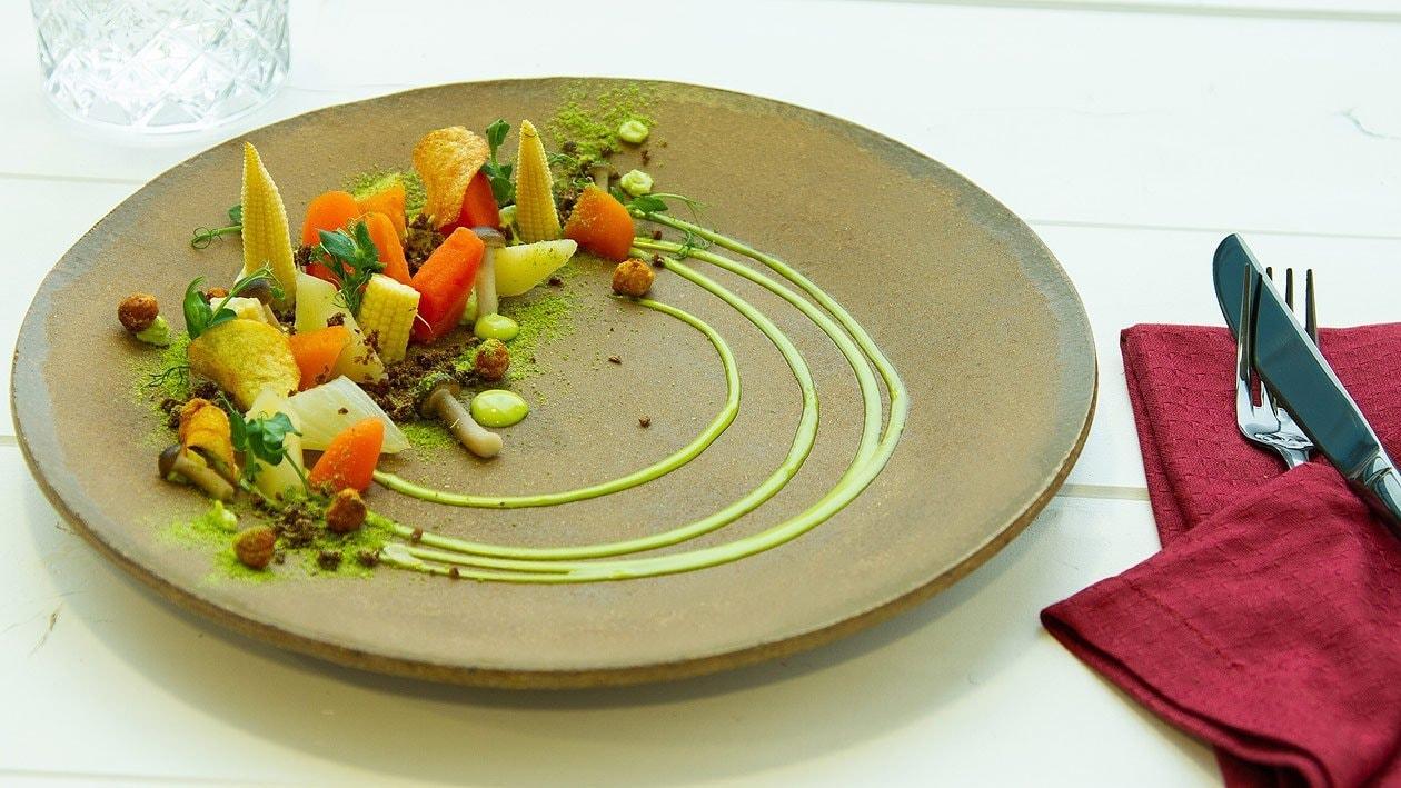 Lauwarmes, eingelegtes Gemüse mit Petersilien - Hollandaise und Petersilienpüree
