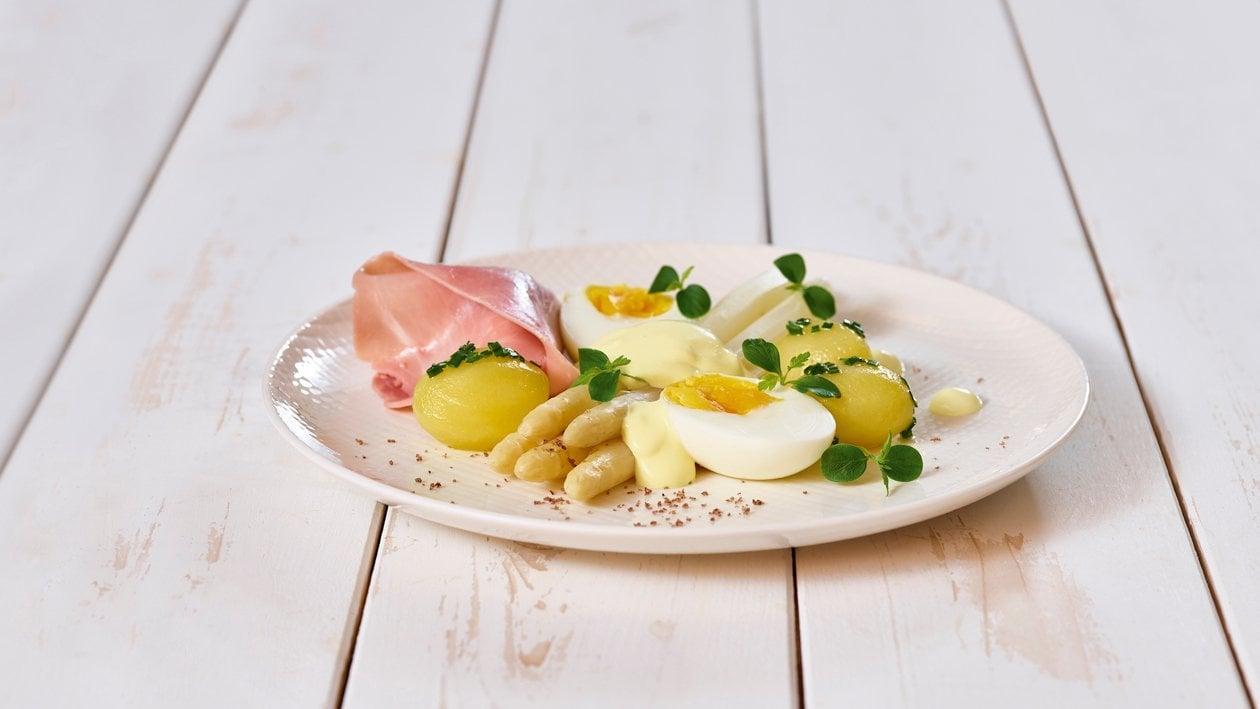 Spargel mit gekochtem Schinken und heurige Kartoffeln