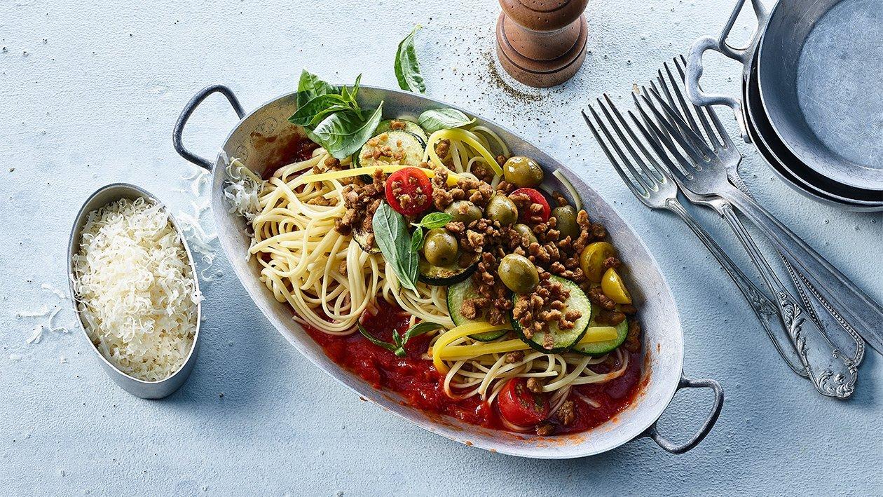 Spaghetti mit Gemüse, Tomatensauce und NoMince